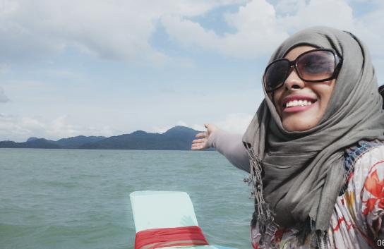 Haifa Bamehriz on the way to Mooktawan Sanctuary in Thailand